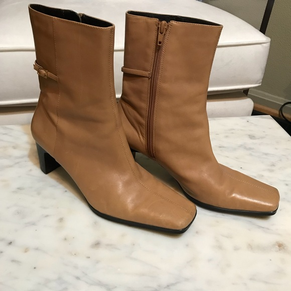0f260c7406b Leather Mid-Calf Square Toe Side Zip Heeled Boots!